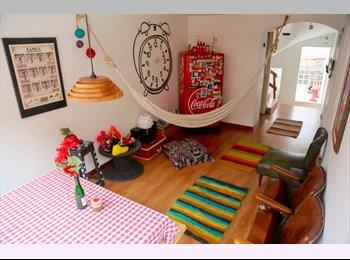CompartoApto CO - Habitación Chapinero Alto - Chapinero, Bogotá - COP$0 por mes