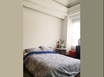 CompartoApto CO - Habitación Amplia Bonita y Luminosa - Pereira, Pereira - COP$0 por mes
