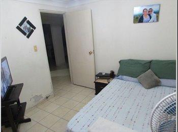 CompartoApto CO - HABITACION AMUEBLADA COMODA GRANDE - Bucaramanga, Bucaramanga - COP$0 por mes