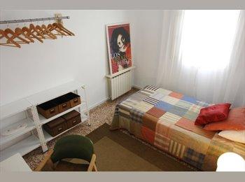 EasyPiso ES - HABITACIÓN    MADRID RIO - LATINA - Latina, Madrid - 350 € por mes