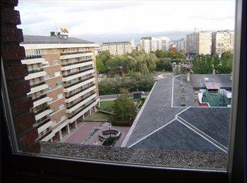 HUERTA DEL REY RESIDENCIAL/Plaza Poniente