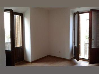 EasyPiso ES - Habitaciones inDependientes con terraza - Alcalá De Henares, Madrid - 350 € por mes