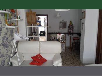 EasyPiso ES - alquilo habitación comparto piso  - Centro, Almería - 150 € por mes