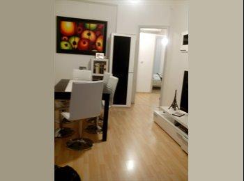 EasyPiso ES - Alquilo habitación - Sarrià-Sant Gervasi, Barcelona - 300 € por mes