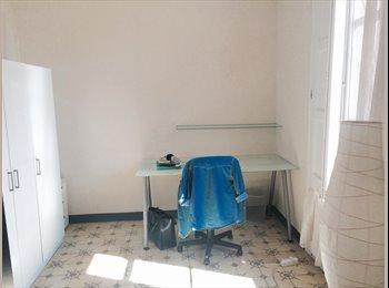 EasyPiso ES - Alquiler Habitación - Eixample, Barcelona - 400 € por mes