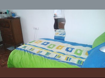 EasyPiso ES - Se alquila habitación para chica - San Bernardo - Carmelitas, Salamanca - 187 € por mes