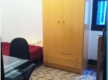 EasyPiso ES - Se alquila habitación a partir de Julio - Centro Ciudad, Granada - 160 € por mes