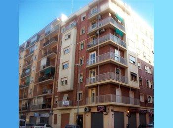 EasyPiso ES - PISO PARA ESTUDIANTES EN VALENCIA - Otras Áreas, Valencia - 550 € por mes