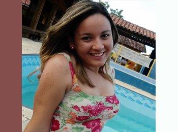 Mariana - 21 - Estudiante