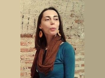 Valentina - 32 - Profesional