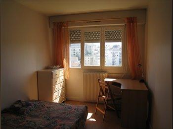 Appartager FR - chambre chez l'habitant - 20ème Arrondissement, Paris - Ile De France - 560 € / Mois
