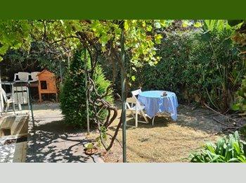 Appartager FR -  Chambre independante dans Villa (Valrose) proche Fac des Sciences et Tramway - Nord Centre Nice, Nice - 390 € / Mois