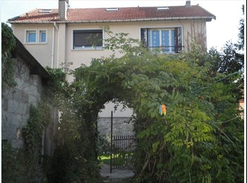 Appartager FR - Maison 91-77 Corbeil- Senart - Corbeil-Essonnes, Paris - Ile De France - 349 € / Mois
