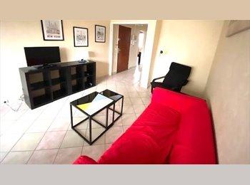 Appartager FR - 2 chambres lit double grand apt meublé - Compiègne, Compiègne - 440 € / Mois