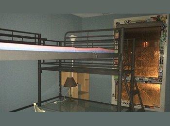 Appartager FR - Chambre 12 M à Créteil à 5' Métro L8 Pointe du lac - Créteil, Paris - Ile De France - 440 € / Mois