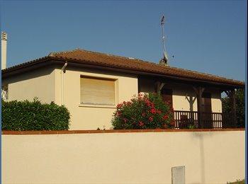 Appartager FR - chambre meublée - Mont-de-Marsan, Mont-de-Marsan - 300 € / Mois