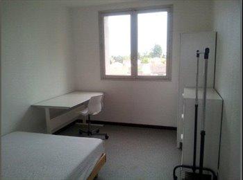 1 chambre meublée