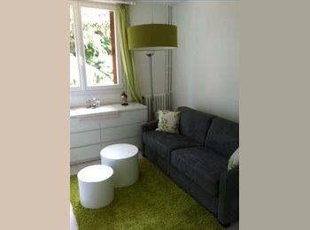 Appartager FR - Jeune Famille - Le Perreux-sur-Marne, Paris - Ile De France - 450 € / Mois