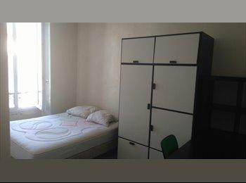 Appartager FR - chambre meublée appartement équipé / one bedroom - Nîmes, Nîmes - 275 € / Mois