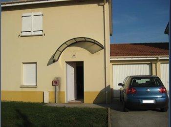 Appartager FR - Maison Nogent - Chaumont, Chaumont - 350 € / Mois