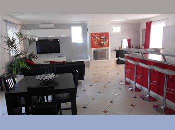 Appartager FR - haut de villa 3 chambres dispo pour coloc - Solliès-Toucas, Toulon - 420 € / Mois