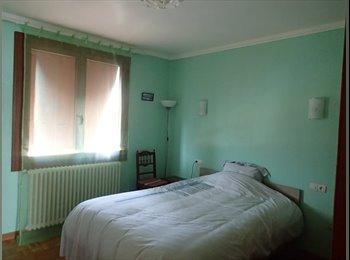 Appartager FR - chambre dispo, coloc - Carcassonne, Carcassonne - 300 € / Mois