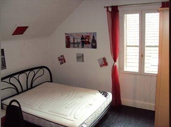 Appartager FR - Chambre à Cran Gevrier, proche centre annecy - Cran-Gevrier, Annecy - 400 € / Mois