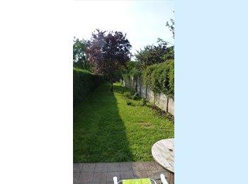 Appartager FR - Coloc dans superbe maison avec jardin - Lille-Moulins, Lille - 450 € / Mois
