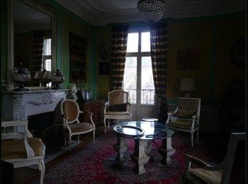 Appartager FR - Très belle chambre dans appartement 1900 - Dijon, Dijon - 300 € / Mois