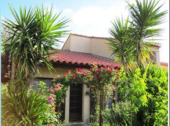 Appartager FR - Colocation - appartement meublé - quartier calme - Perpignan, Perpignan - 350 € / Mois