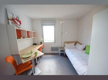 Appartager FR - STUDIO ETUDIANT, QUARTIER DEBOURG/GERLAND - 7ème Arrondissement, Lyon - 475 € / Mois