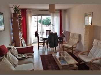Appartager FR - Chambre libre dans T3 meublé quartier Saint-Agne - Empalot - Saint Agne - Sauzelong, Toulouse - 410 € / Mois