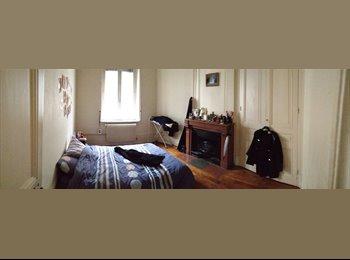 Appartager FR - Colocation dans appartement de 70m2 avec parking - 8ème Arrondissement, Lyon - 495 € / Mois