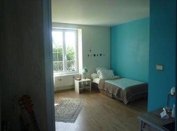 Appartager FR - CHAMBRE COLOMBES - Colombes, Paris - Ile De France - 650 € / Mois