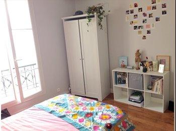 Appartager FR - Chambre de 12m2 dispo dans un 2 pièces idéalement - 9ème Arrondissement, Paris - Ile De France - 640 € / Mois