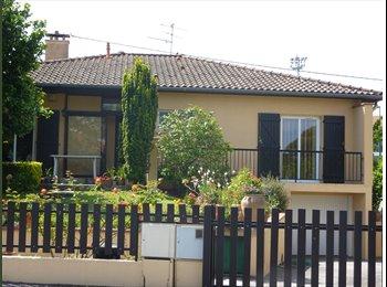 Appartager FR - location temporaire d'une chambre - Cugnaux, Toulouse - 250 € / Mois