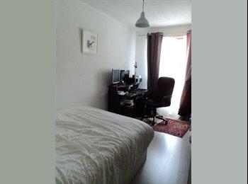 Appartager FR - Chambre disponible dans le quartier Antigone - Montpellier-centre, Montpellier - 430 € / Mois