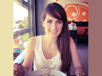 Kristina - 25 - Etudiant