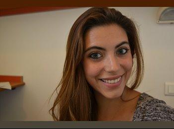 Mireia - 21 - Etudiant