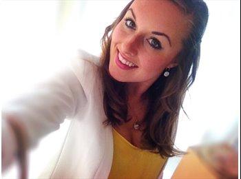 Katharina - 21 - Etudiant