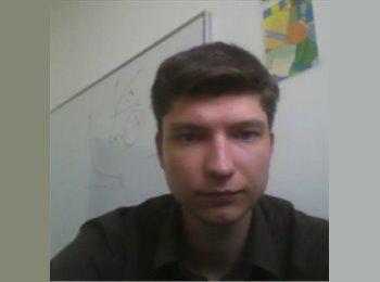 Bartlomiej - 24 - Etudiant