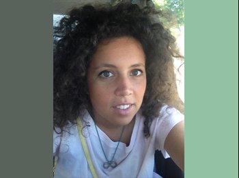 EasyStanza IT - Alessandra - 26 - Bari