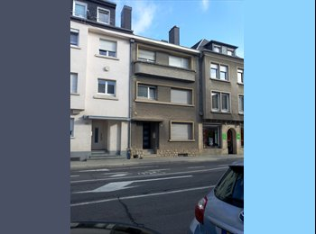 Appartager LU - URGENT: room available international housharing - Luxembourg, Luxembourg - 700 € / Mois