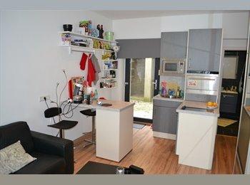 Appartager LU - Studio dans une maison de colocation - Luxembourg, Luxembourg - 1000 € / Mois
