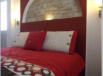CompartoDepa MX - Suite Ejecutiva Centrica Amueblada con Terraza - Toluca, México - MX$4,200 por mes