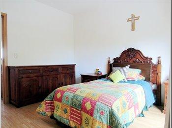 CompartoDepa MX - Habitación amueblada coto señoritas Cd. Granja - Zapopan, Guadalajara - MX$5,000 por mes