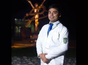 Alejandro Esparza  - 0 - Estudiante