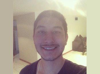 Miguel - 24 - Estudiante