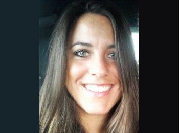 Kristin - 27 - Profesional