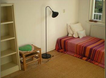furnished cozy quiet room 9m2